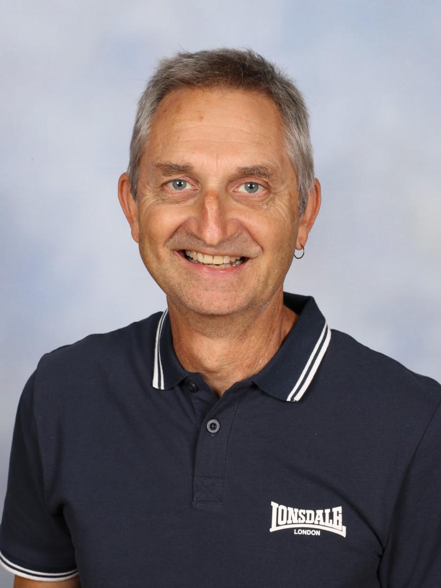 Dennis Moyle